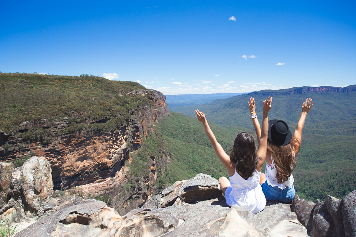 View for days from Princes Rock Lookout, Blue Mountains National Park
